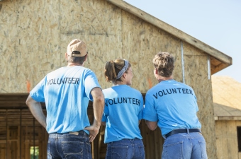 Thinking about volunteering? Know your rights and responsibilities