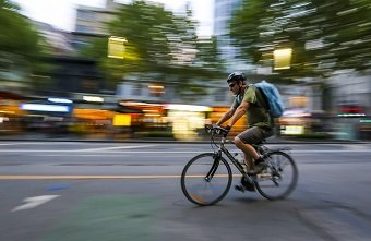 """Does a """"Peanutabout"""" solve the current trend of cycling accidents?"""